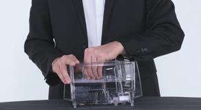 Laurastar Sistema - come si sostituisce il filtro anticalcare?