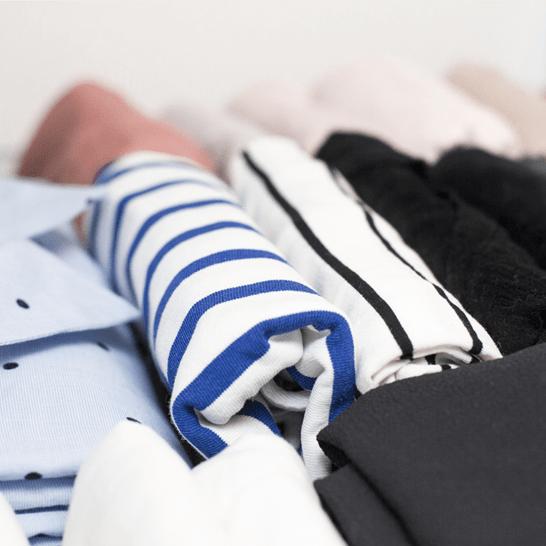 Come organizzare il proprio armadio e selezionare i vestiti?